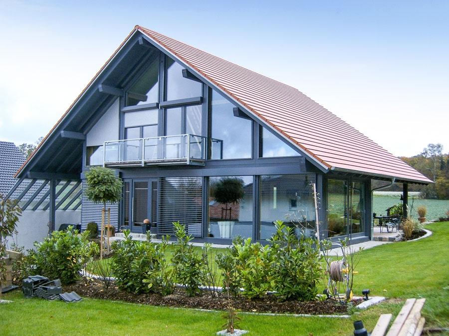 Kaufmann Bau: Haus mit Glasfassade